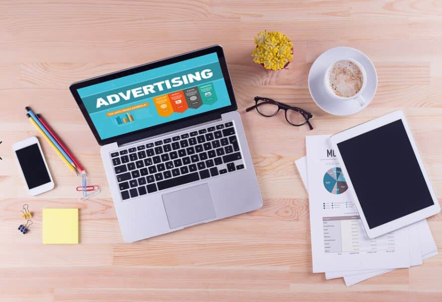 16 trucchi per il Social media advertising